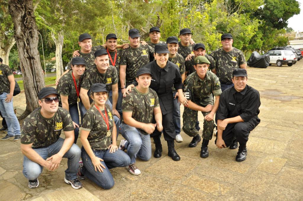 Exercito UNEG 2013